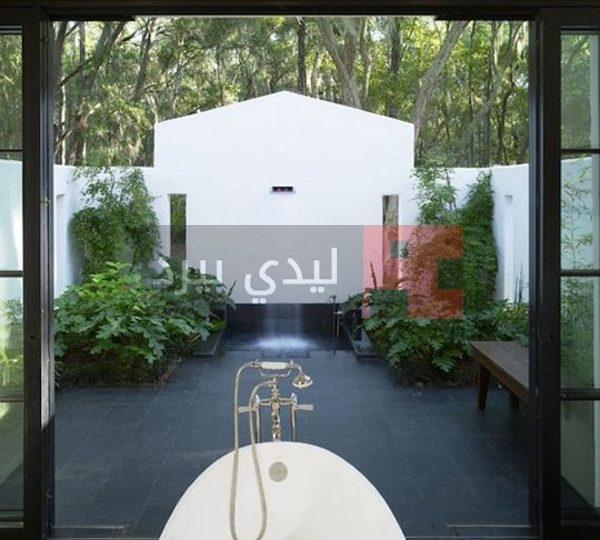 صور حمامات على حديقة المنزل 1