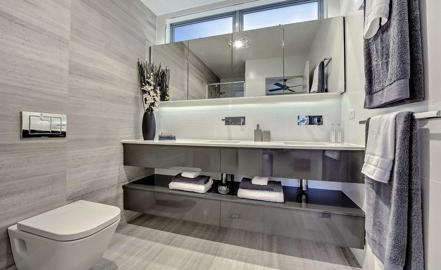 ديكورات حمامات رمادية ليدي بيرد