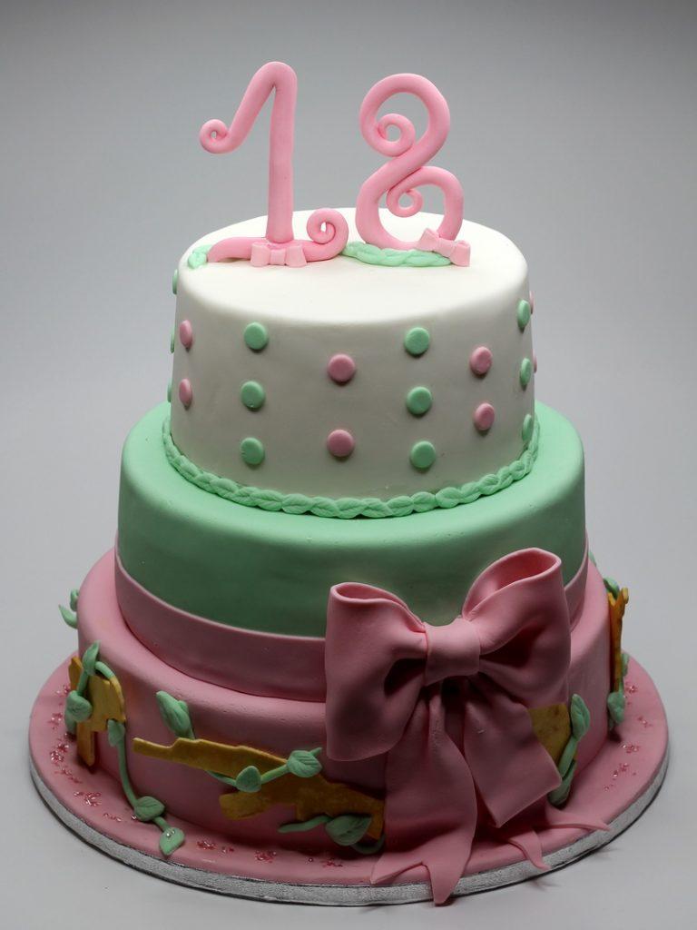 18th-birthday-cake-for-boy-18-birthday-cake-london