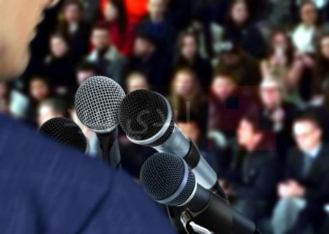 الخوف من التحدث امام الجمهور 1