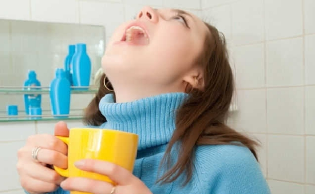 How-to-get-rid-of-a-sore-throat-1