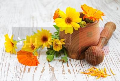 calendula-flowers-mortar-opt