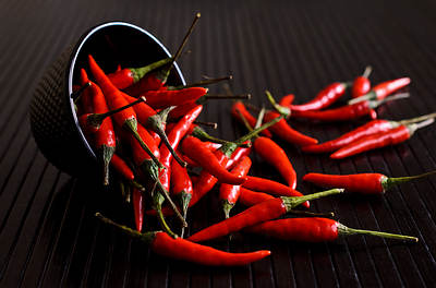 cayenne-pepper-black-bowl-opt