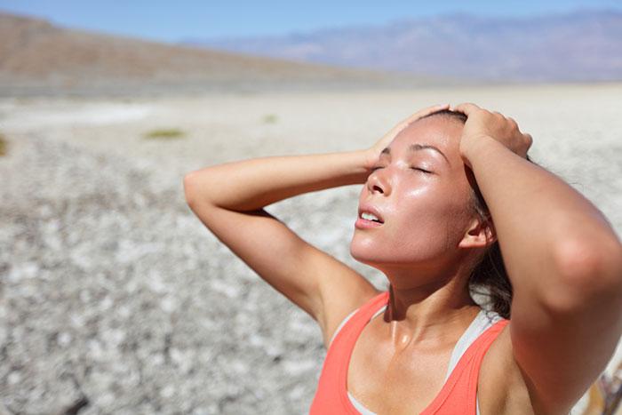 علاجات منزلية لجفاف الجسم 1