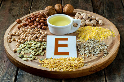 vitamin-E-oil-foods-opt