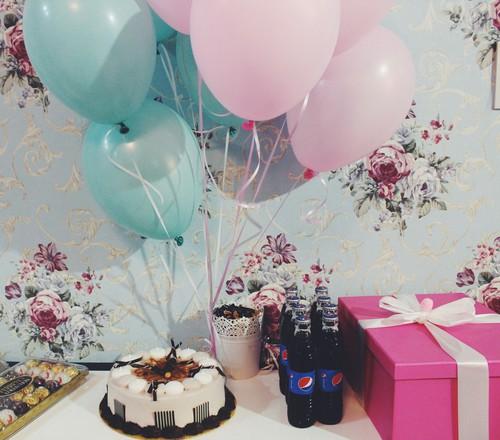 صور تورتة عيد ميلاد ليدي بيرد