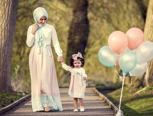 صور ام وطفلها 1