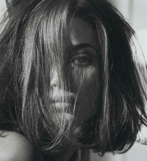 صور حزينة للبنات ليدي بيرد
