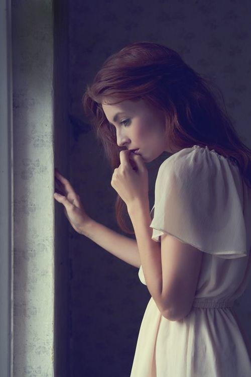 صور بنات جميلات حزينة 8